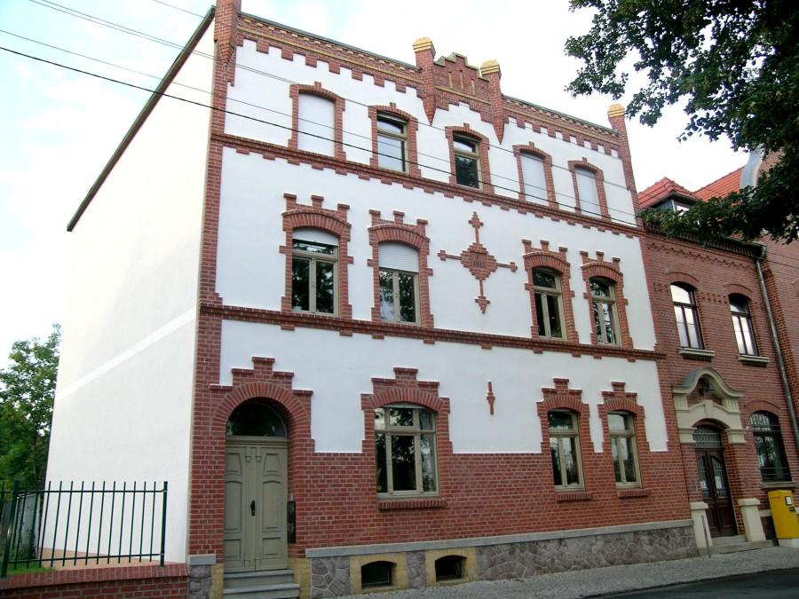 1008eikh_1_DSCN0654Lindenstraße 27 Zörbig Denkmalfenster